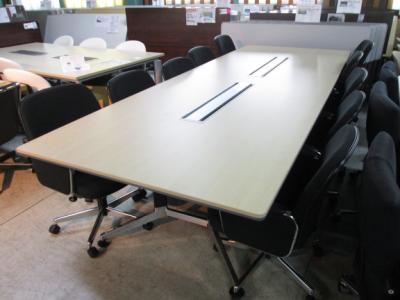 WT PB300 1月17日三重 にて オフィス家具 3点 を 買取 いたしました