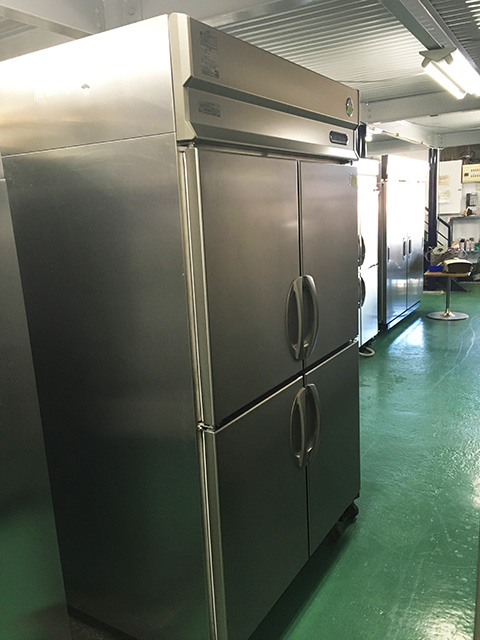ARD 124FMD F 愛知にて厨房機器、福島工業 業務用タテ型冷凍庫 ARD 124FMD Fを買取いたしました。