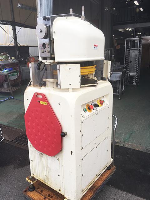 DR 30A 三重にて、厨房機器 鎌田機械製作所 全自動分割丸目機 DR 30Aを買取いたしました。