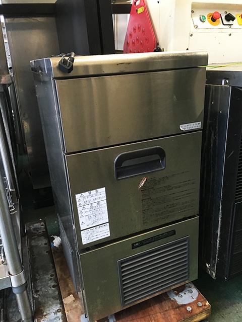 DRI 25LMV 三重にて、厨房機器 大和冷機 25Kg製氷機 DRI 45LMVを買取いたしました。