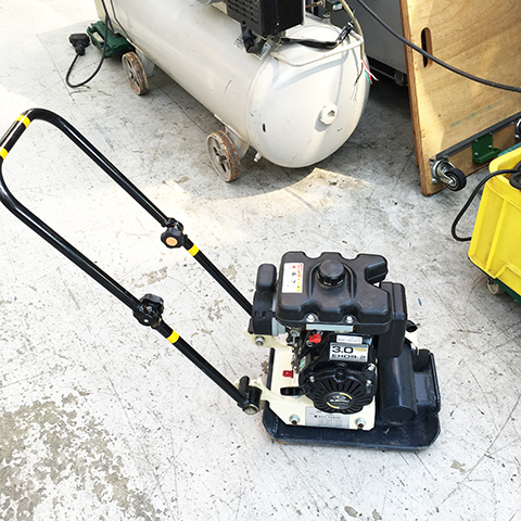 KP 30A 工具 明和製作所 エンジンプレート KP 30Aを買い取りいたしました。