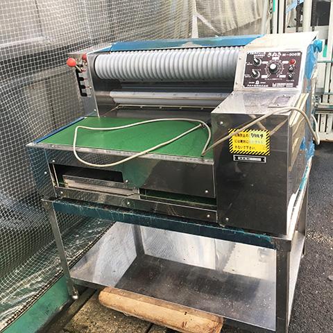 M 305 三重にて、厨房機器 さぬき麺機製 万能手打ち麺機 M 305を買取いたしました。