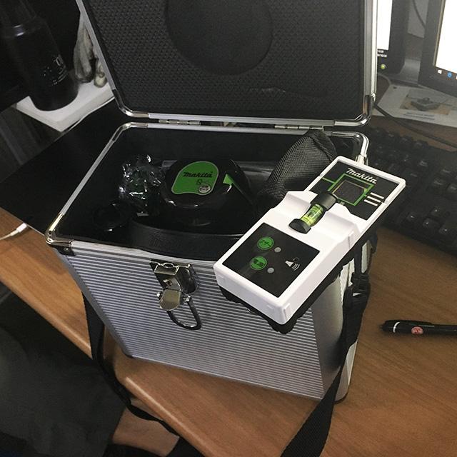 SK310GPZ 2 岐阜にて、工具 マキタ レーザー墨出し器 SK310GPZを買い取りいたしました。