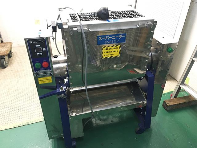 SN25P 愛知にて、厨房機器、さぬき麺機製 スーパーニーダー SN25型Pを買取いたしました。