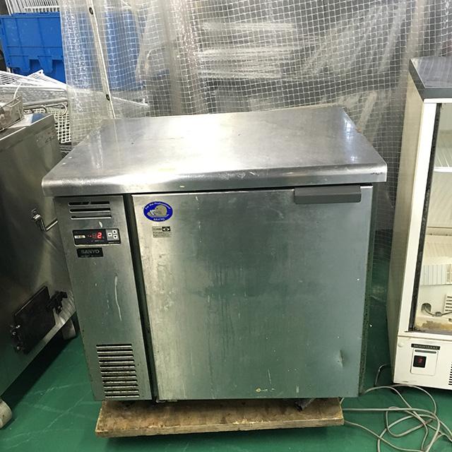 SUR UT861L 三重にて、厨房機器、サンヨー 冷蔵コールドテーブル SUR UT861L買取いたしました。