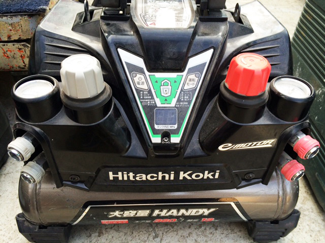 EC1245H2 岐阜にて、工具 日立工機 高圧エアコンプレッサEC1245H2を買い取りいたしました。