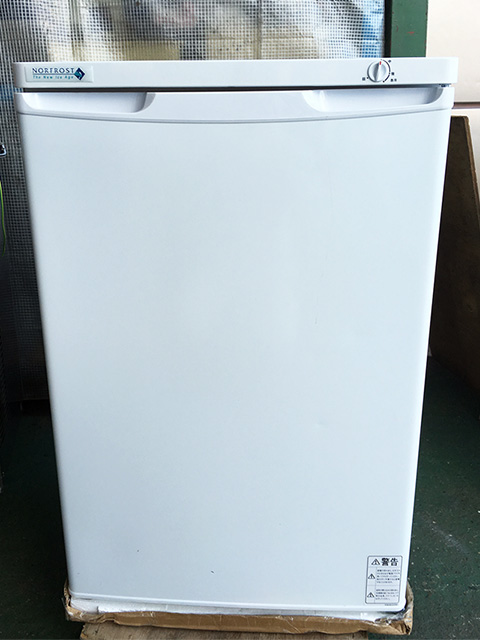 FFU110R 三重にて、厨房機器 ノーフロスト チェストフリーザー FFU110Rを買い取りいたしました。