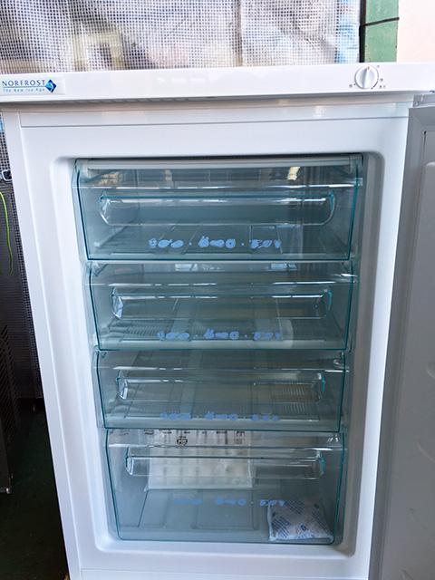 FFU110R 2 三重にて、厨房機器 ノーフロスト チェストフリーザー FFU110Rを買い取りいたしました。
