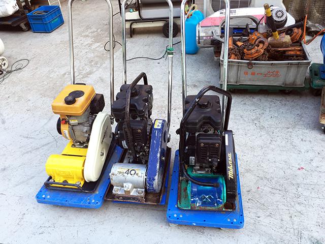 engin plate 岐阜にて、工具 エンジンプレート複数買取致しました。