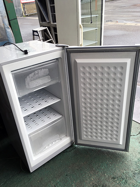 MA 6114 open 愛知にて、厨房機器、エクセレンス電気冷凍庫MA 6114庫内写真買取いたしました。