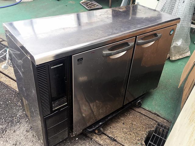 RT 115PTE1 三重にて、厨房機器 ホシザキ製のコールドテーブルをまとめて買取いたしました。