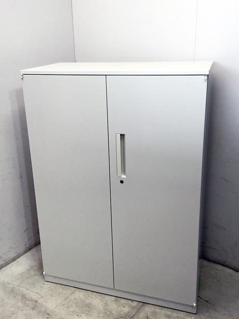 5 820 5402 愛知にて、オフィス家具 ウチダ 両開き書庫ハイパーストレージシリーズ ホワイトを買取致しました。