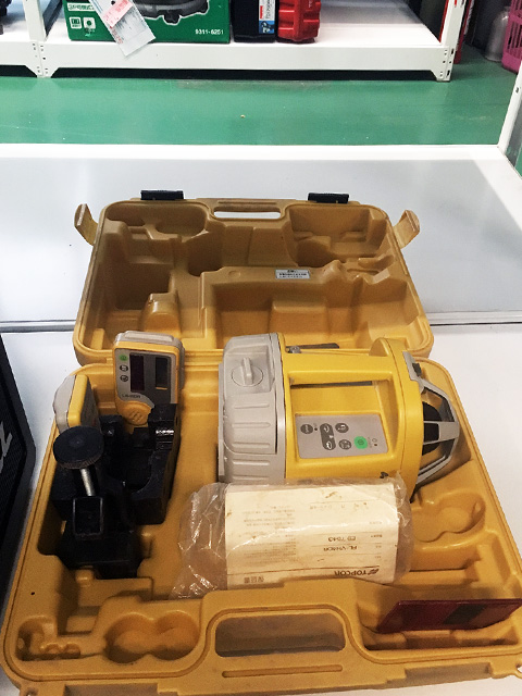 RLVH4DRG2 愛知にて、工具 トプコン ローテーティングレーザーRLVH4DR/G2を買取いたしました。