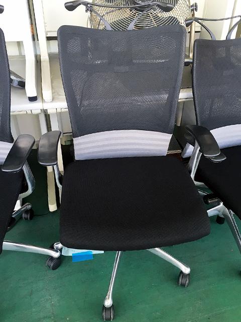 CJ52BRFDM2 愛知にて、オフィス家具 オカムラフィーゴメッシュチェアCJ52BRFDM2を買取致しました。
