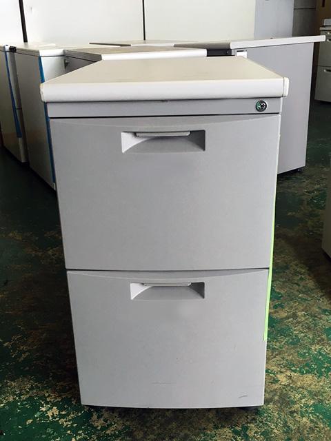CZN 047LB WE 愛知にて、オフィス家具 イトーキ CZシリーズ脇机をまとめて買取致しました