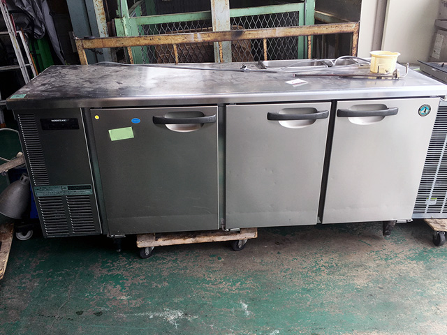 RFT 180SNE 岐阜にて、厨房機器 ホシザキ冷凍冷蔵コールドテーブルRFT 180SNEを買取いたしました。