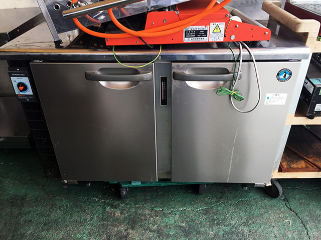 RT 115PTC 岐阜にて、厨房機器 ホシザキ 冷蔵コールドテーブルRT 115PTCを買取いたしました。