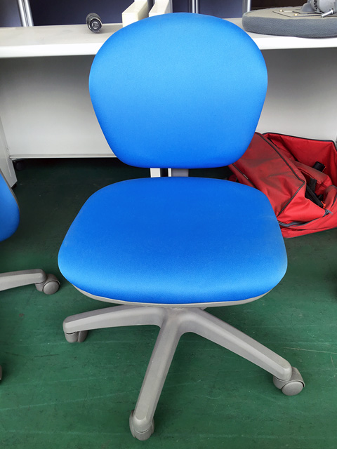 TK 500N 岐阜にて、オフィス家具 生興・イトーキ製のオフィスチェアをまとめて買取致しました。