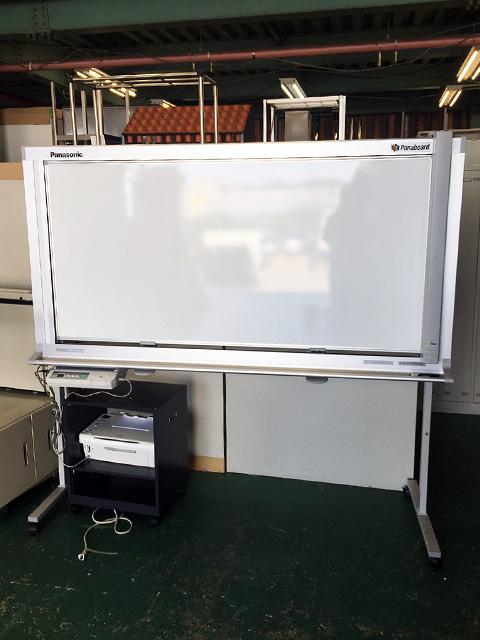 UB 2828C 岐阜にて、オフィス家具、パナソニック 電子黒板パナボードUB 2828Cを買取いたしました。