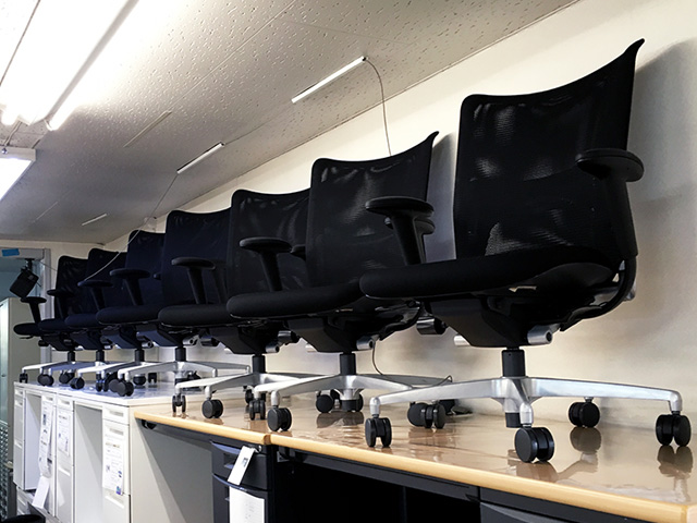 PRAO 愛知にて、オフィス家具 イトーキプラオαチェアブラックを買取致しました。