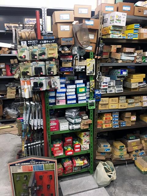 kanamono kaitori 1 愛知にて、金物屋の解体に伴う工具の大量買い取りを行いました。