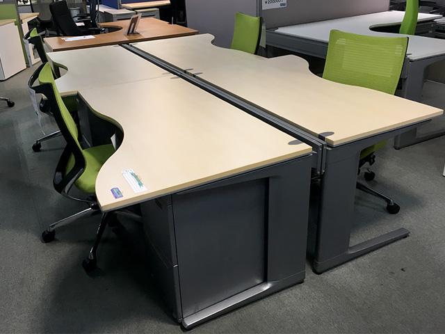 prostage round 三重にて、オフィス家具 オカムラ システムデスクプロステージシリーズを買取致しました。