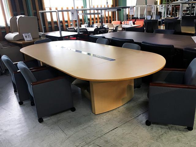 DTVP 18WDN Z5 三重にて、オフィス家具 イトーキ ラウンドタイプミーティングテーブルコンファジオを買取致しました。