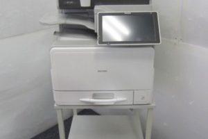 1002 MPC307SPF 300x200 愛知のオフィス家具買取実績【無限堂】