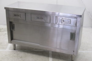 0730 cabinet 300x200 厨房機器の買取実績