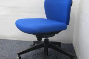0426 EF 30 300x200 オフィス家具買取実績